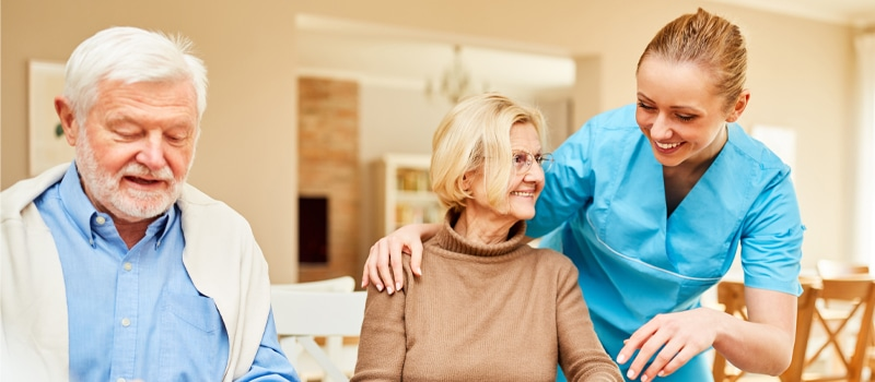 10 Tips to Make Your Loved One Feel Like Home at Assisted Living