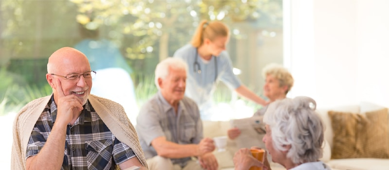 How to Convince Your Parent with Dementia for an Assisted Living Toronto
